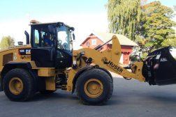 Huser entreprenør sin hjullaster Cat 938K